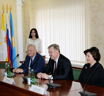 В Кисловодске подписано соглашение о межмуниципальном сотрудничестве с северной столицей России